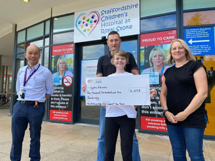 Congleton man undertakes golf challenge for UHNM charity