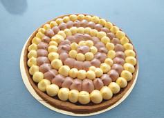 Tarte chocolat au lait et passion avec croustillant praliné