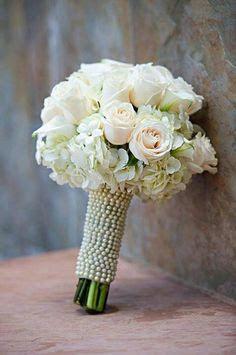 hand tie bouquet.jpg