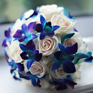 Blue-Wedding-Flowers-bouquet.jpg