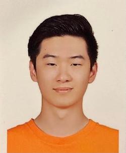 Franz (Heng Yi) Hsieh