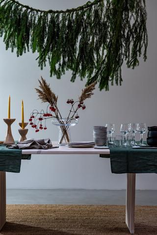 ChristmasTableSetting-2.jpg