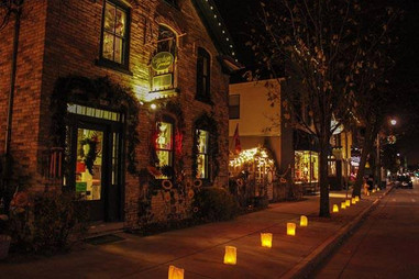 Cedarburg luminaries.jpg