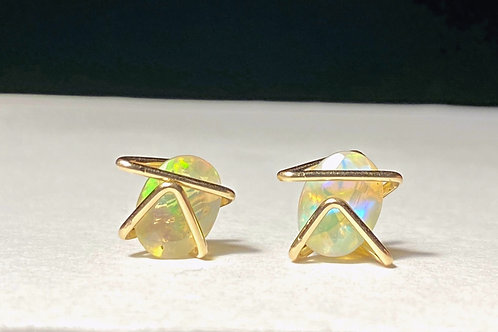 Solid Gold Classic Geo Opal Studs
