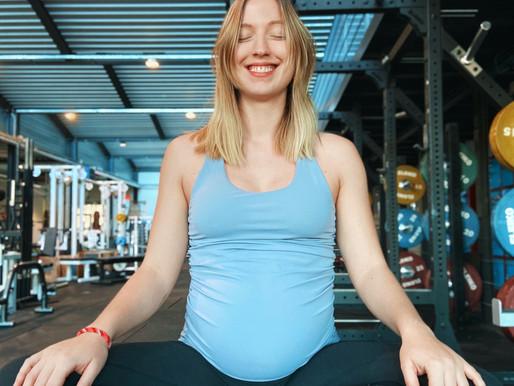 Wie du Weihnachten überlebst: Ein Yoga-Guide