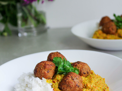 Vegetable curry with almond shiitake balls