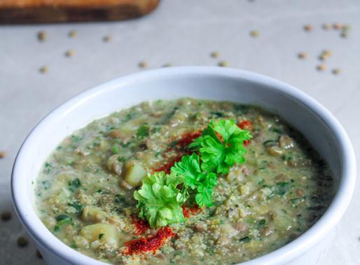Creamy lentil spinach soup