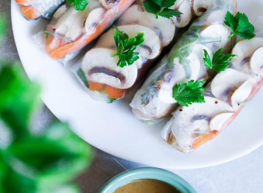 Raw spring rolls with mushrooms