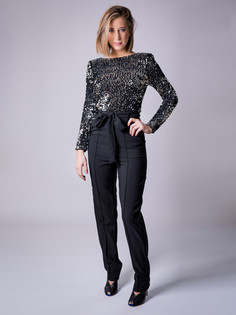 Magazine shop portrait mode fashion 0008