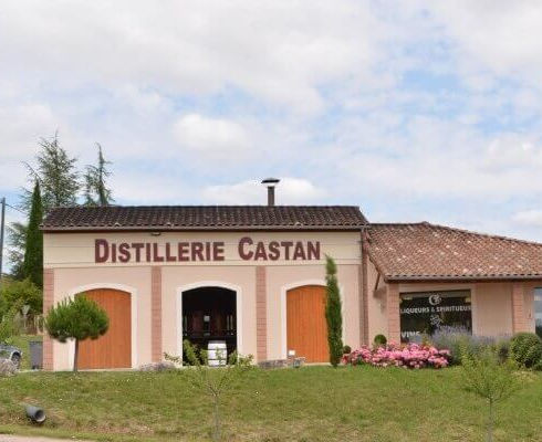 Les2Cabanes Distillerie Castan
