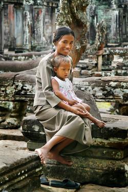 Mother/Daughter.Angkor Wat, Cambodia