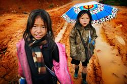 Girls. Sapa, Vietnam