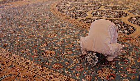 pray-3236120_1920_edited.jpg
