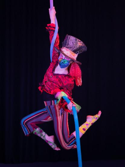 OLIVIA CRAWFORD  Intro to Fabric & Mixed Apparatus