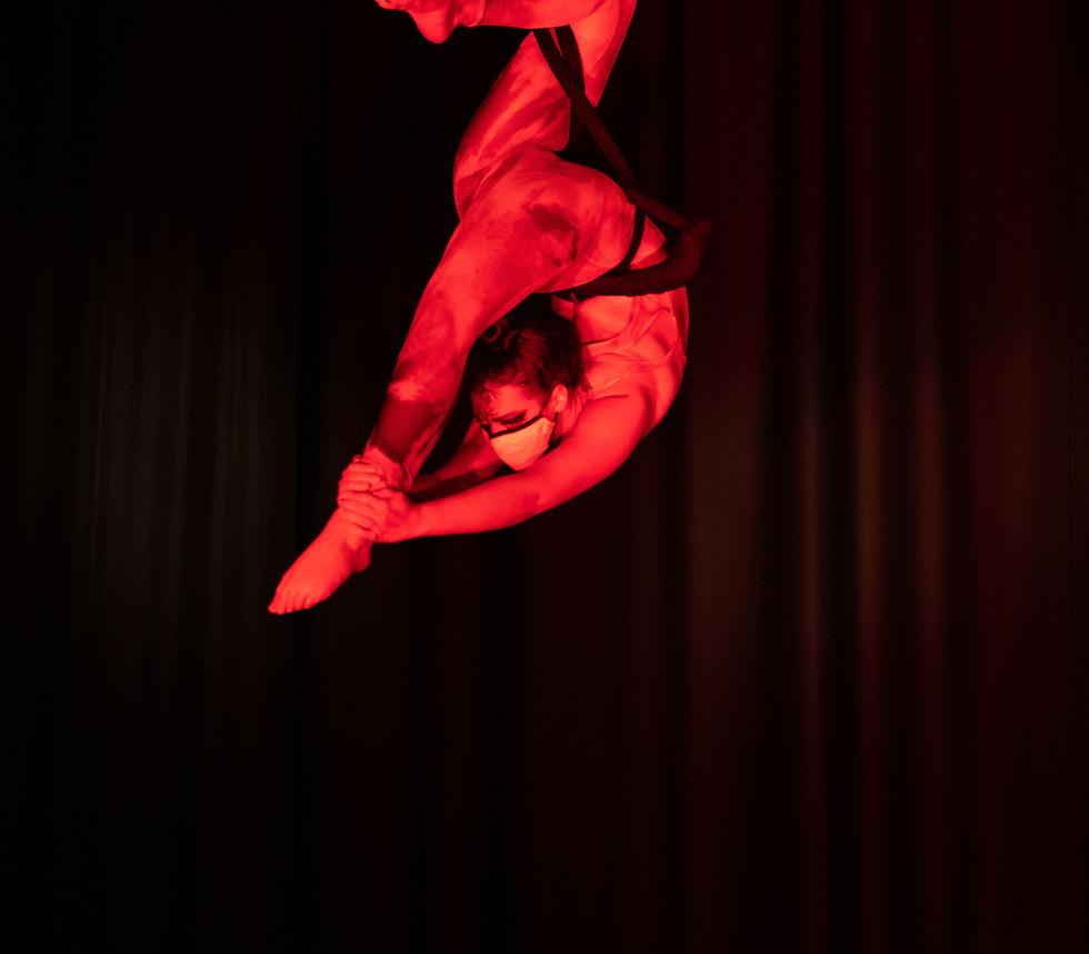 Ghost trapeze.jpg