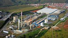 Mais de 65% de todo o vidro plano produzido no Brasil está às margens da Rodovia Presidente Dutra