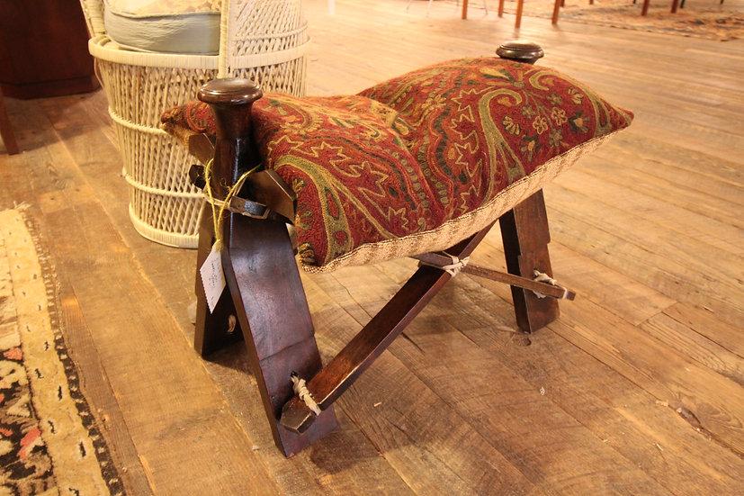 Camel Saddle Seat