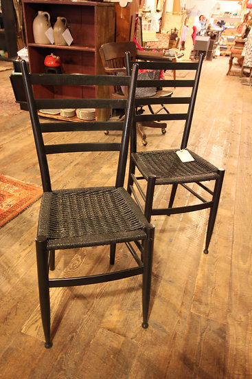 Set (4) Woven Seat Chairs