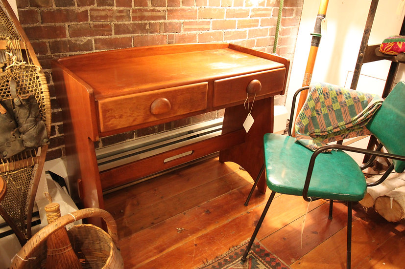 Cushman Style Desk