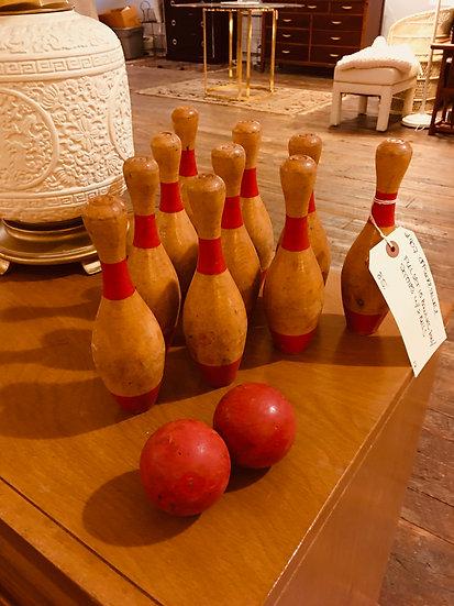 Vintage Bowling Set