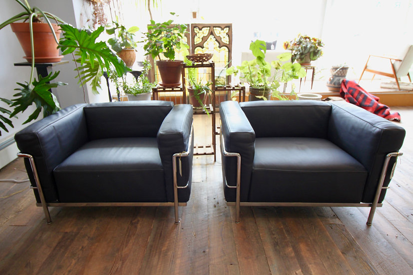 SOLD - Modern Le Corbusier LC3 Chairs