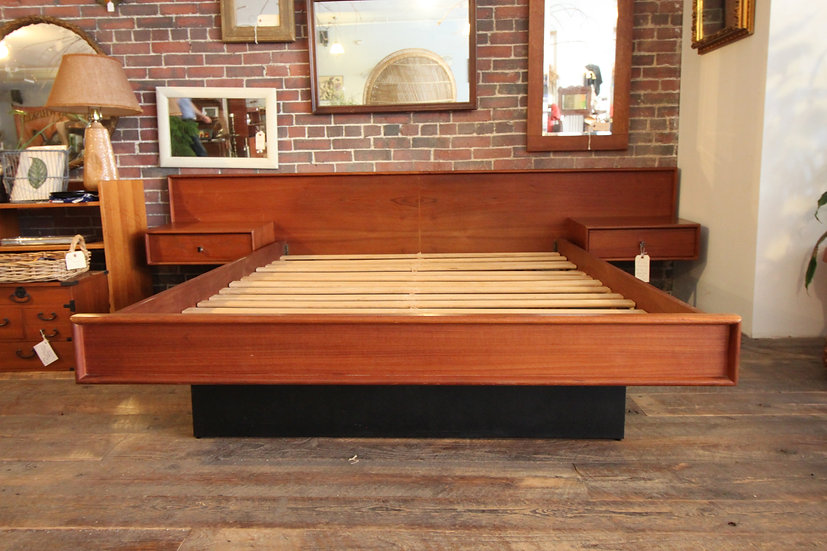 SOLD - Mid-Century Modern Platform Bed w/Floating Side Stands