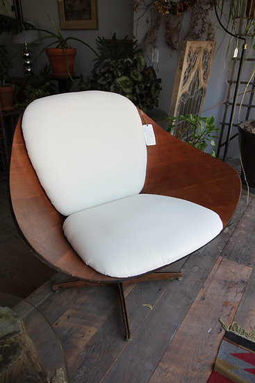 SOLD - George Mulhauser Molded Plywood Chair