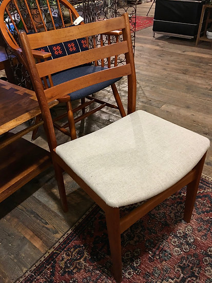 Mid-Century Desk/Dining Chair