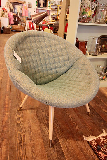 SOLD - Mid-Century Modern Shell Chair