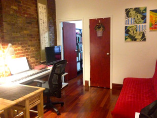 Gramercy Park 1 Bedroom Rental East 17th St & Irving Place Exposed Brick Wall