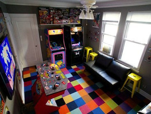 Murray Hill Man Turns Apartment Into Video Game Arcade