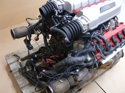 moteur v10 audi r8 mbgt.jpg