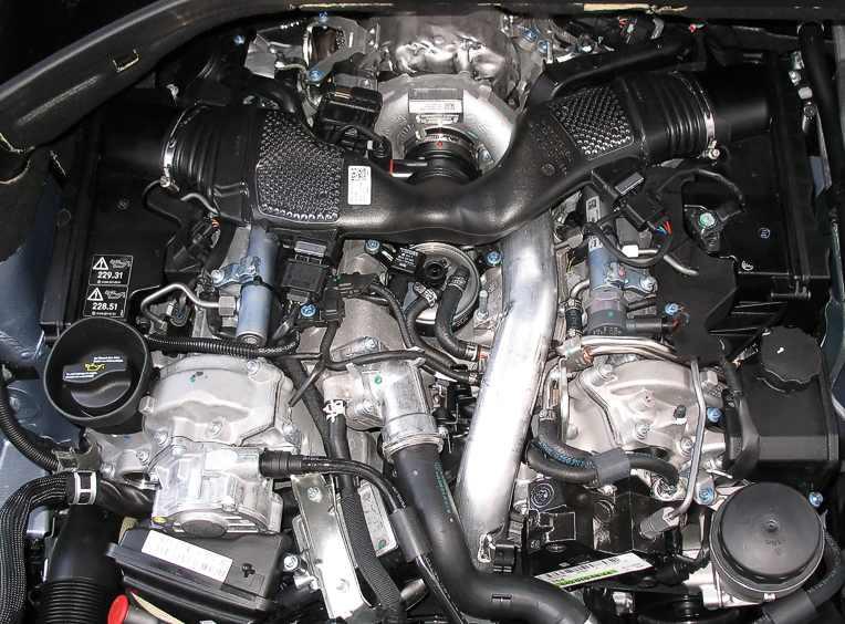 ML320 CDI no engine cover V6 CDI OM642.j