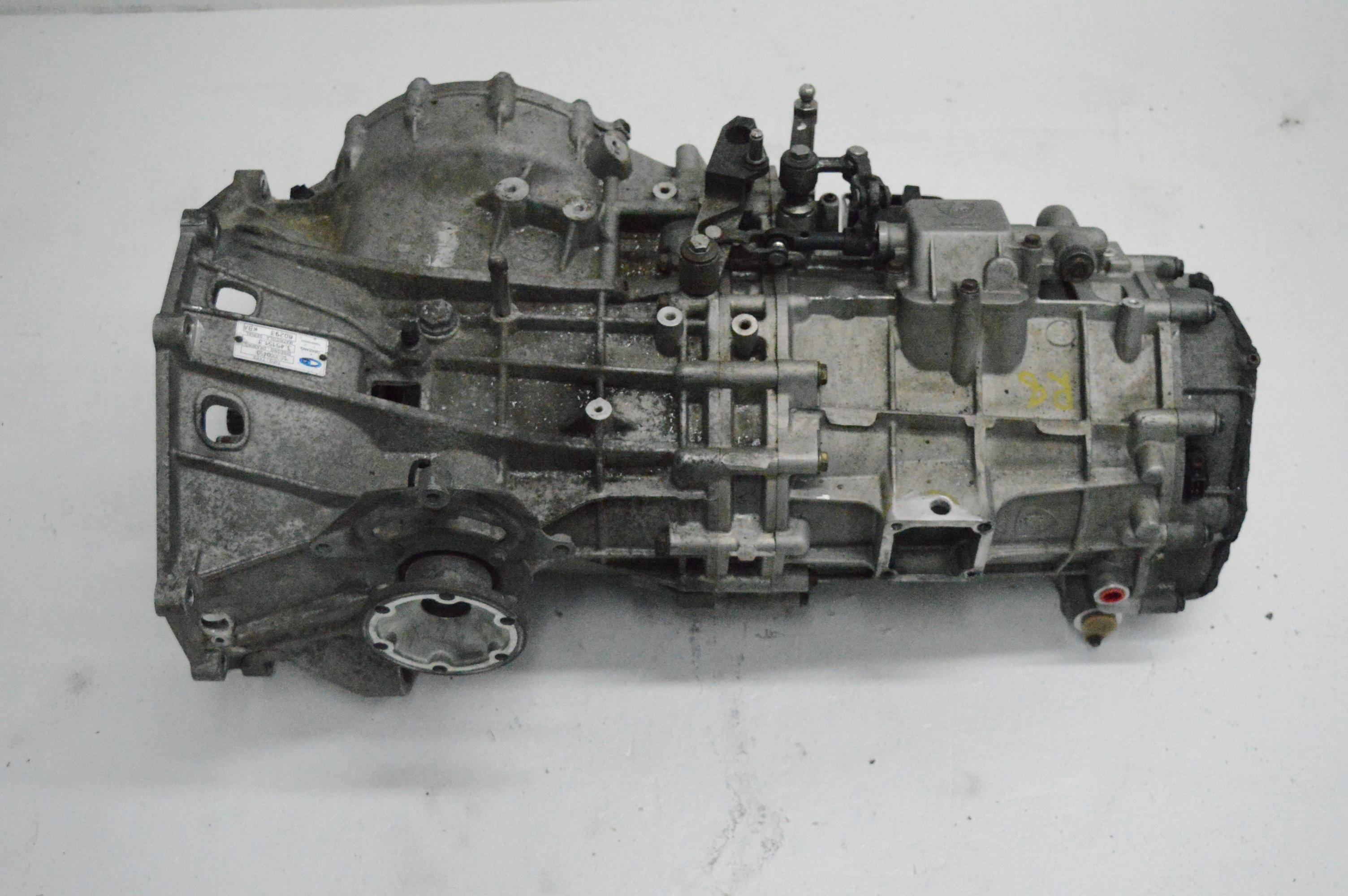 boite de vitesse r8 v8 4.2L manuelle.jpg