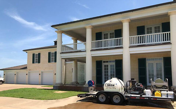 RESIDENTIAL EXTERIOR HOUSE CLEANING