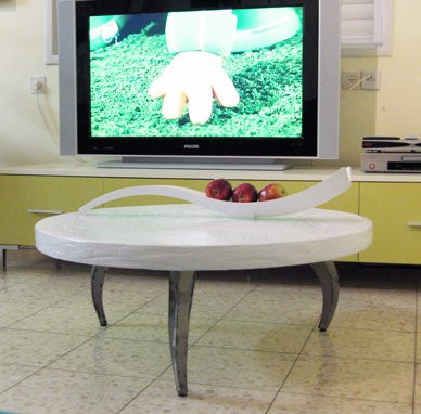 """""""Spring"""" coffe table and """"Shofar"""" tray"""