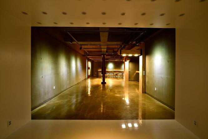 Hall2 05