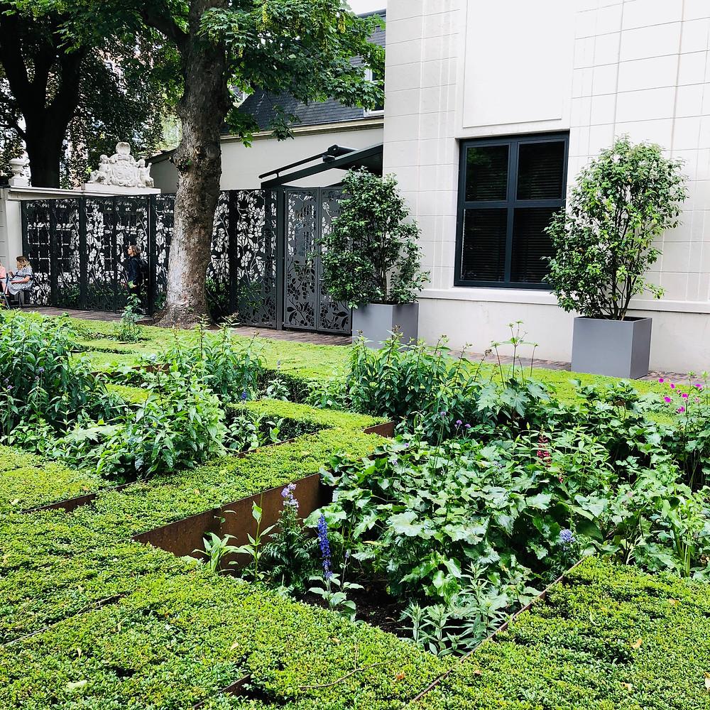 A modernist garden
