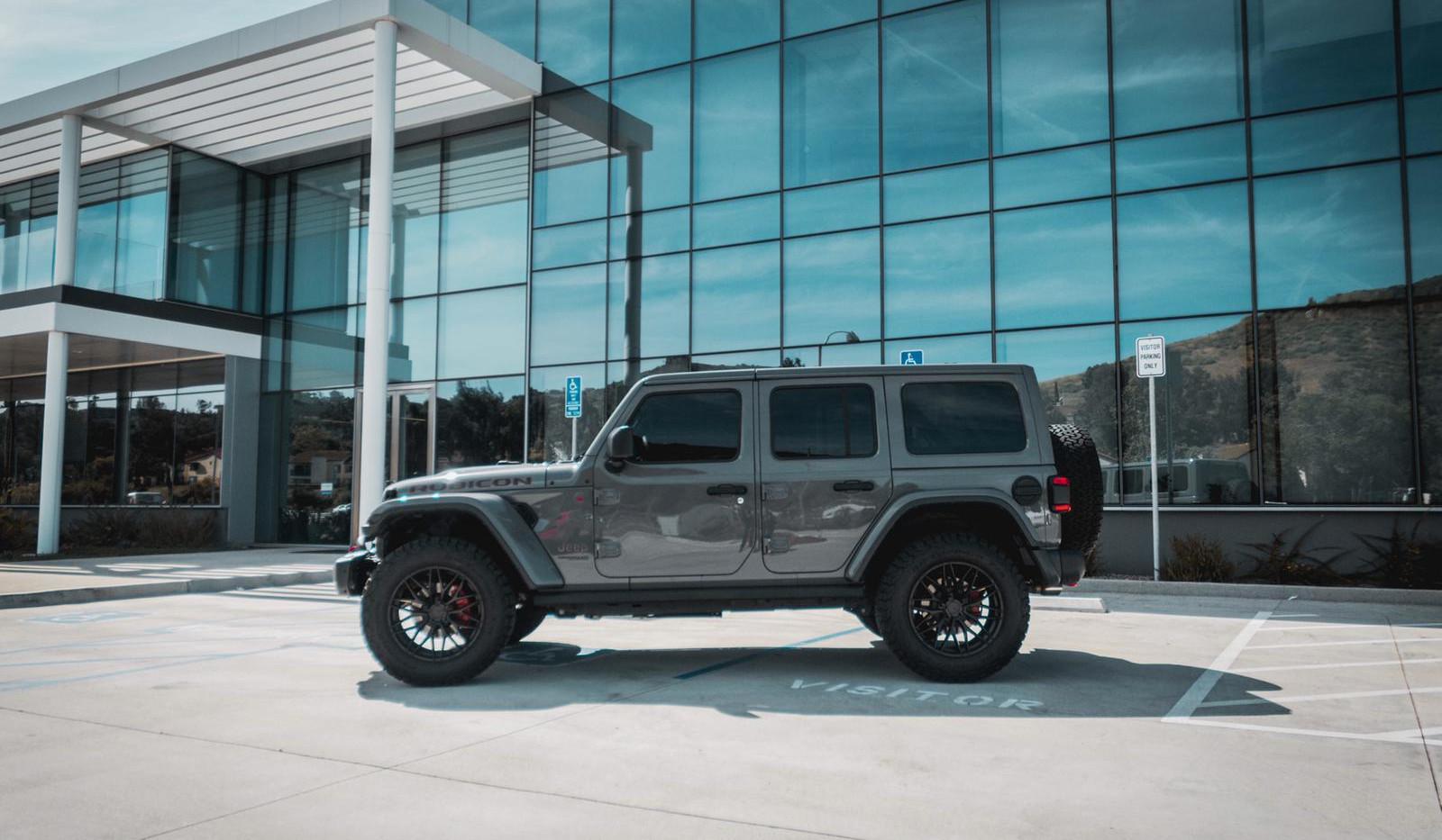 Jeep Wrangler JL 2.jpg