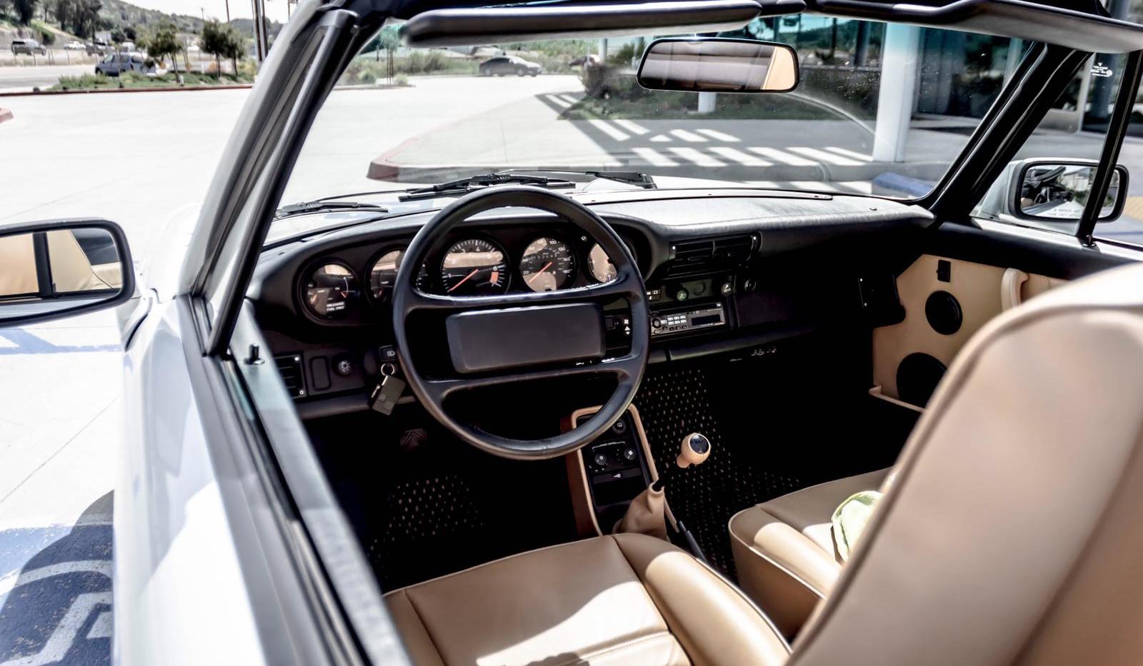 1988 Porsche Turbo Cabriolet 4.jpg