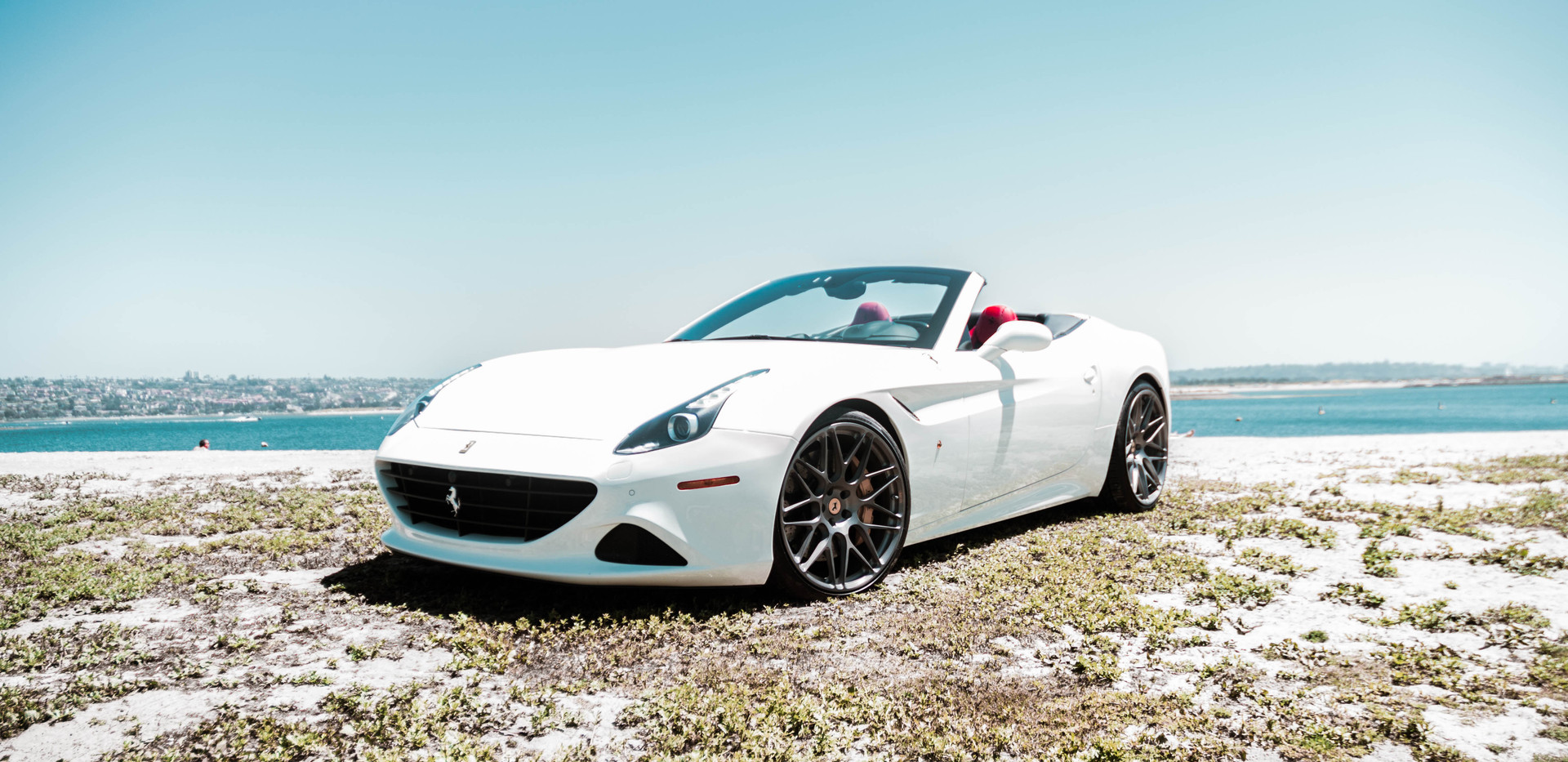 Ferrari California T 6.jpeg