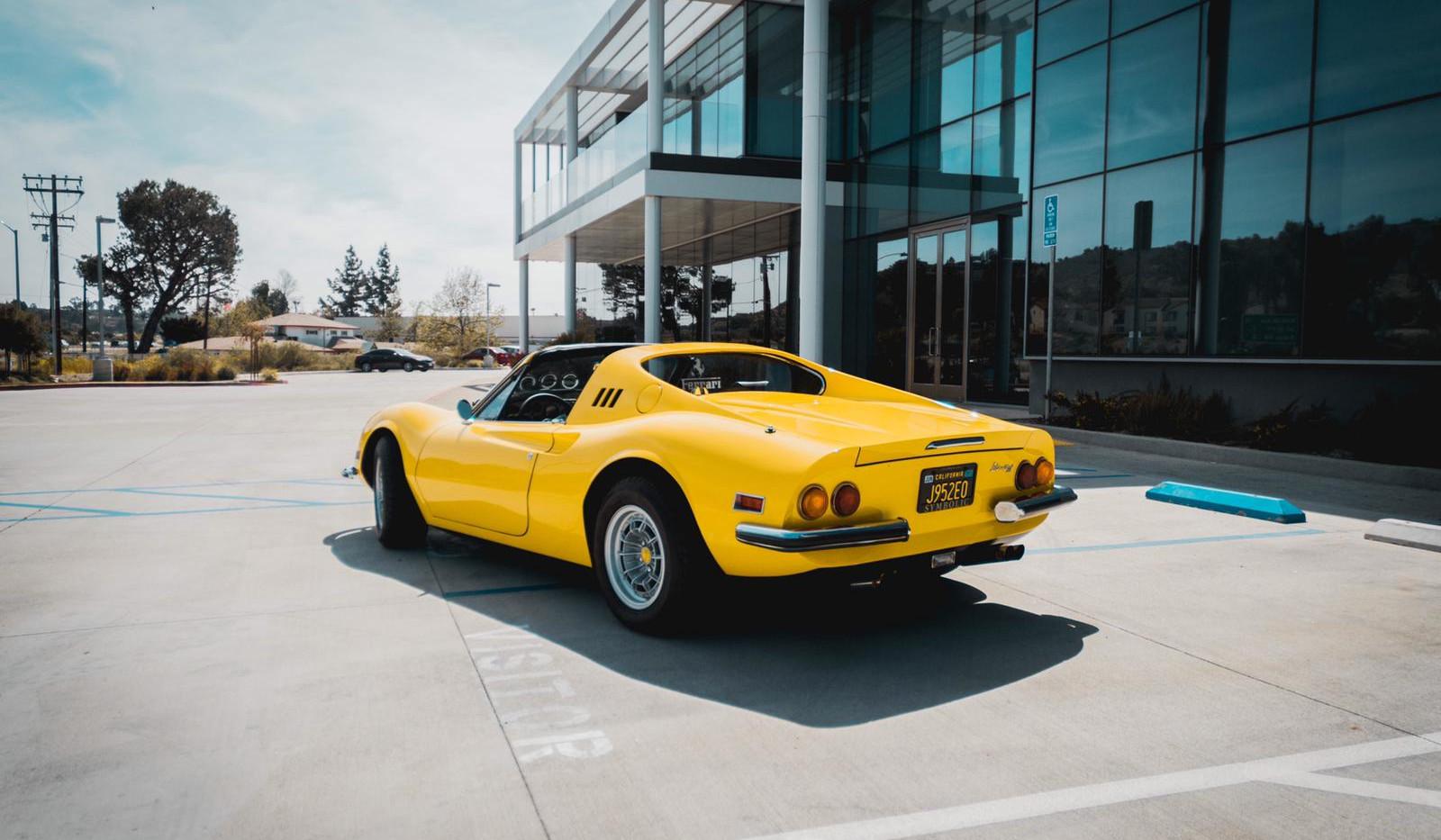 1972 Ferrari Dino 246 GTS 3.jpg