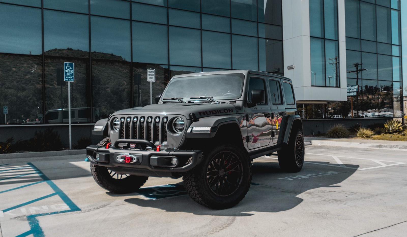 Jeep Wrangler JL 7.jpg