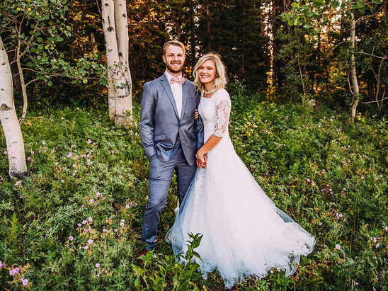 Summer Soapstone Basin Bride and Groom Session with Hannah & Cade