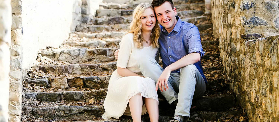Spring Castle Amphitheater Engagement with Hannah & Ben