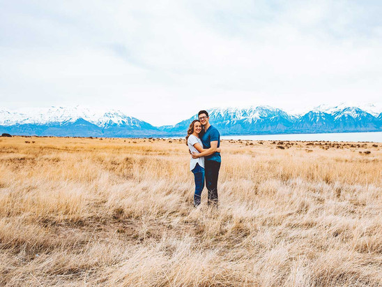 Spring Utah Lake Engagement Session with Grace & Ethan