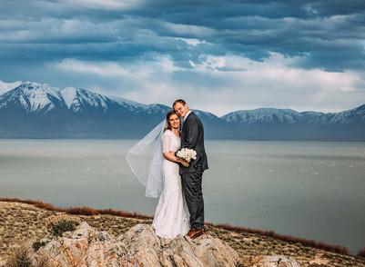 Spring Utah Lake Bride & Groom Session