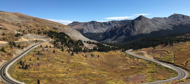 Cottonwood Pass Mountain Road Summit.jpe