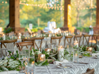 Corporate+Event|Toboni+Dinnerat+Barnsley+Resort|Farm+Tables+With+Rustic+Chic+Florals+6