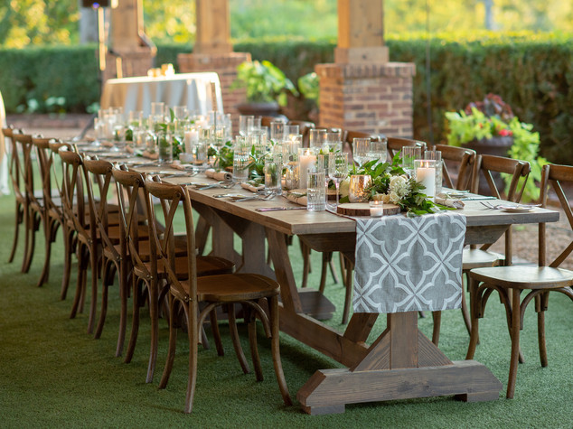 Corporate+Event|Toboni+Dinnerat+Barnsley+Resort|FarmTablesWithRusticChicFlorals5